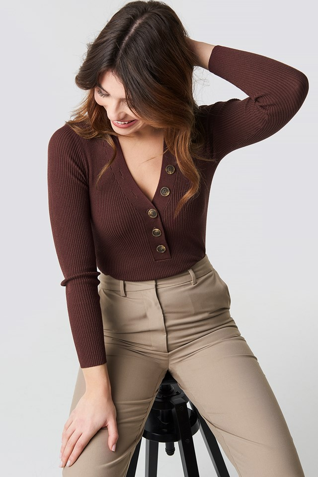 Ribbed Buttoned Sweater Dark Brown