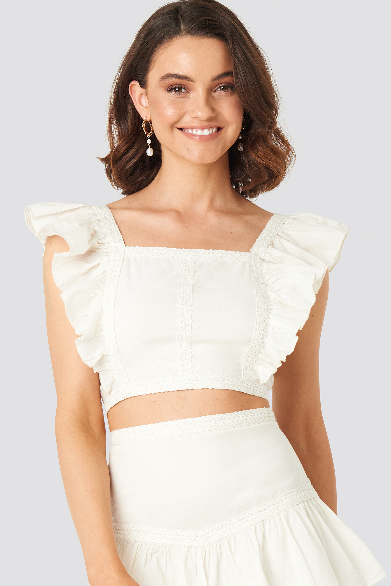 Queen Of Jetlags X Na-kd Lace Detailed Frill Cropped Top - White In Off White