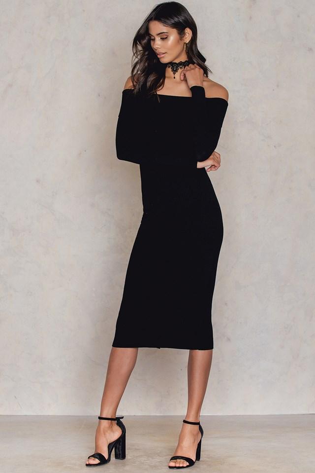 Offshoulder Ribbed Knitted Midi Slit Dress Black
