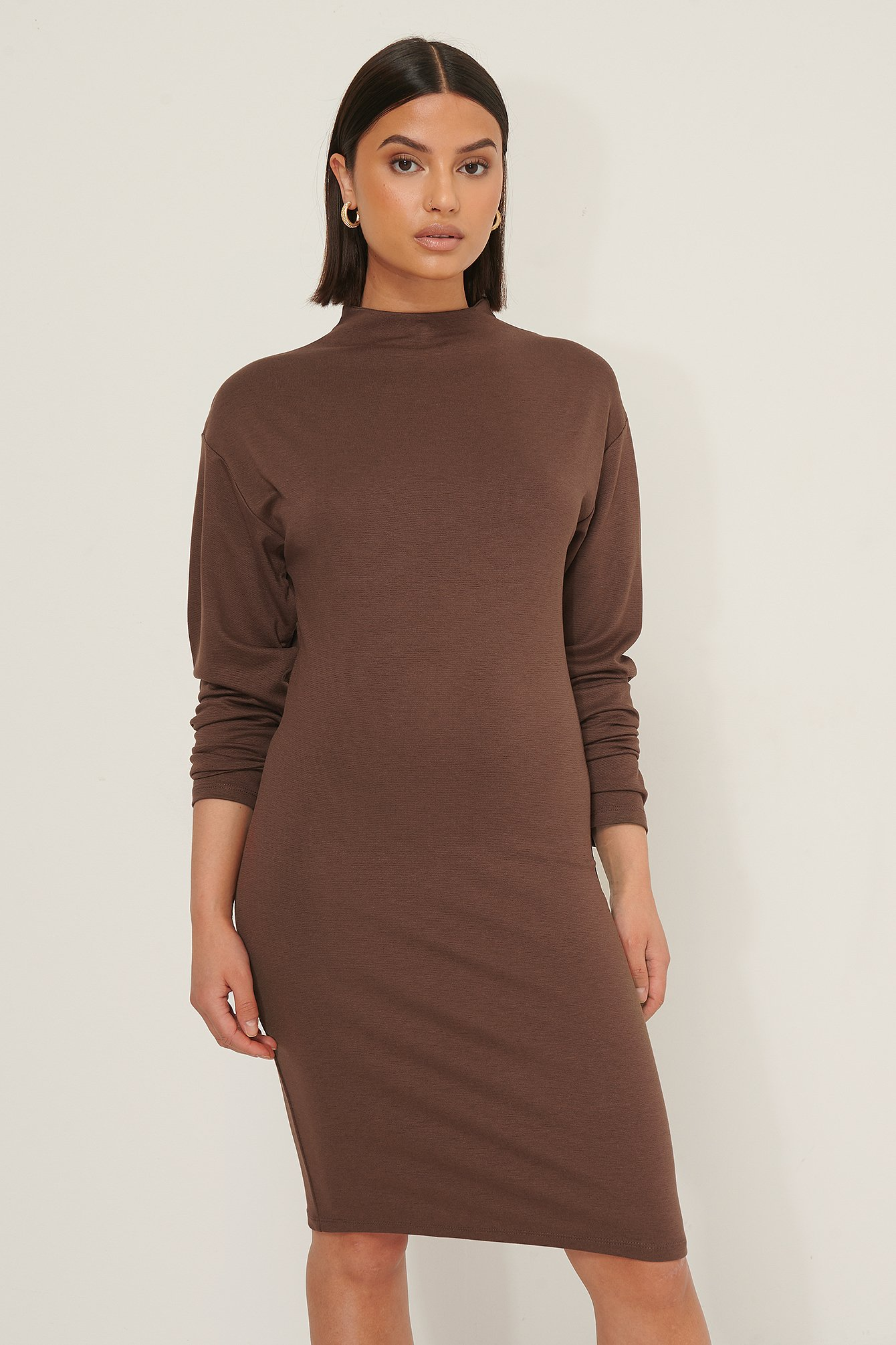 Selma Omari x NA-KD Long Sleeve Jersey Dress - Brown