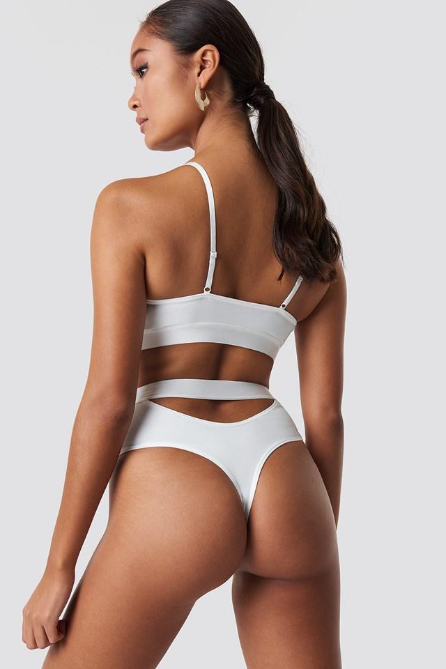 Lara Bra White