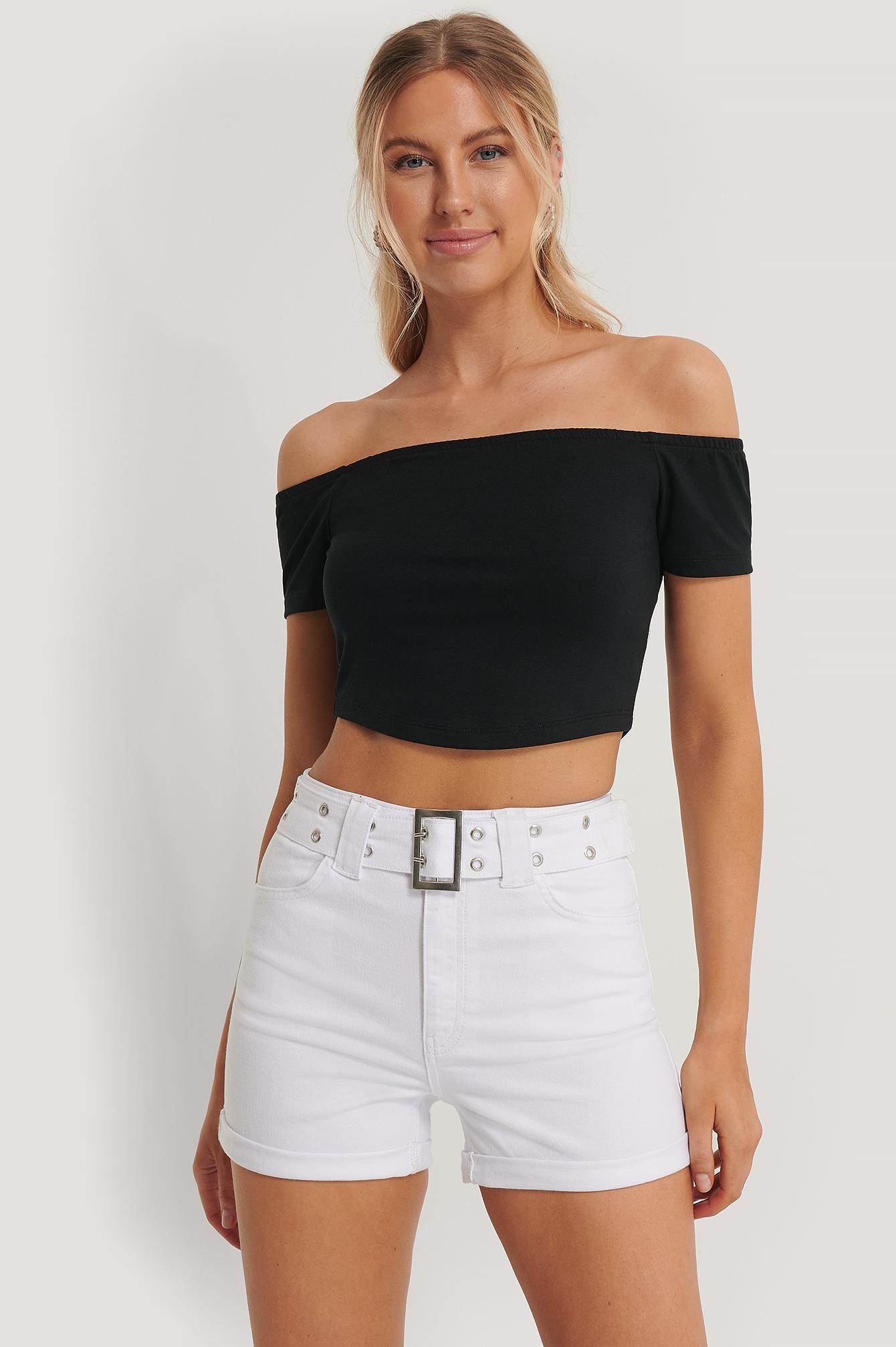 pamela x na-kd reborn -  Organisch Jeans-Shorts Mit Gürtel - White