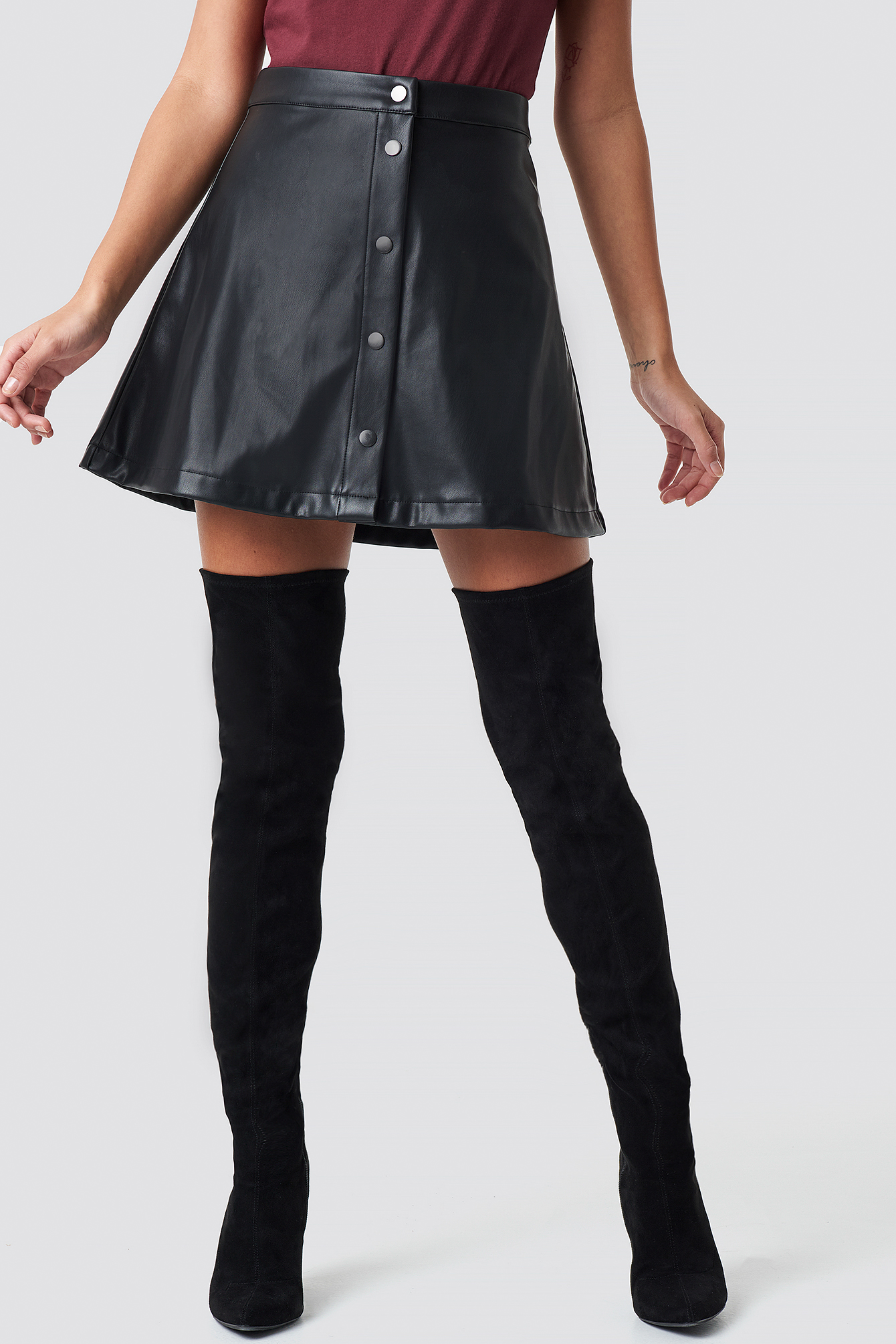 Front Button Faux Leather Skirt NA-KD.COM
