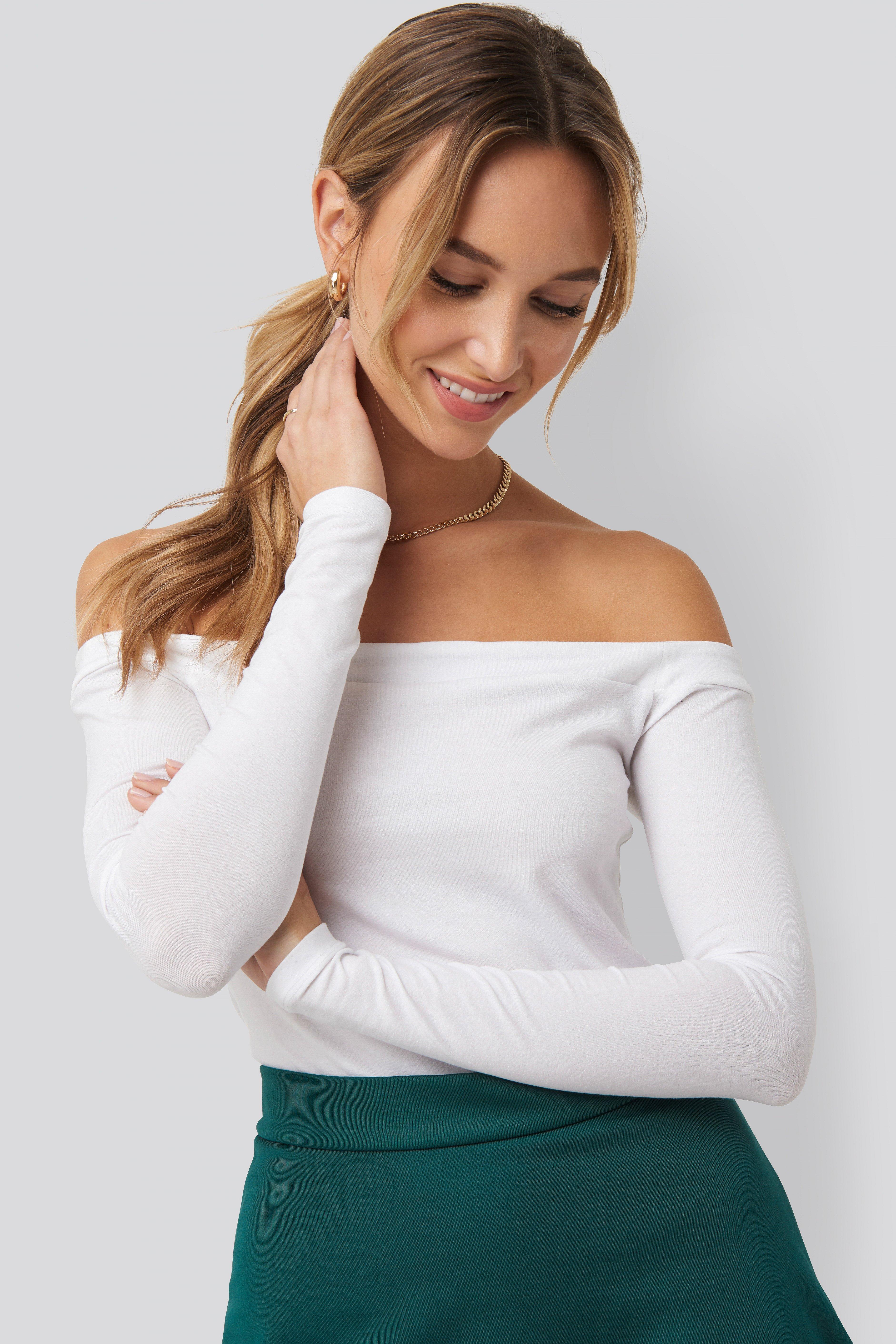 pamela x na-kd reborn -  Long Sleeve Bardot Top - White