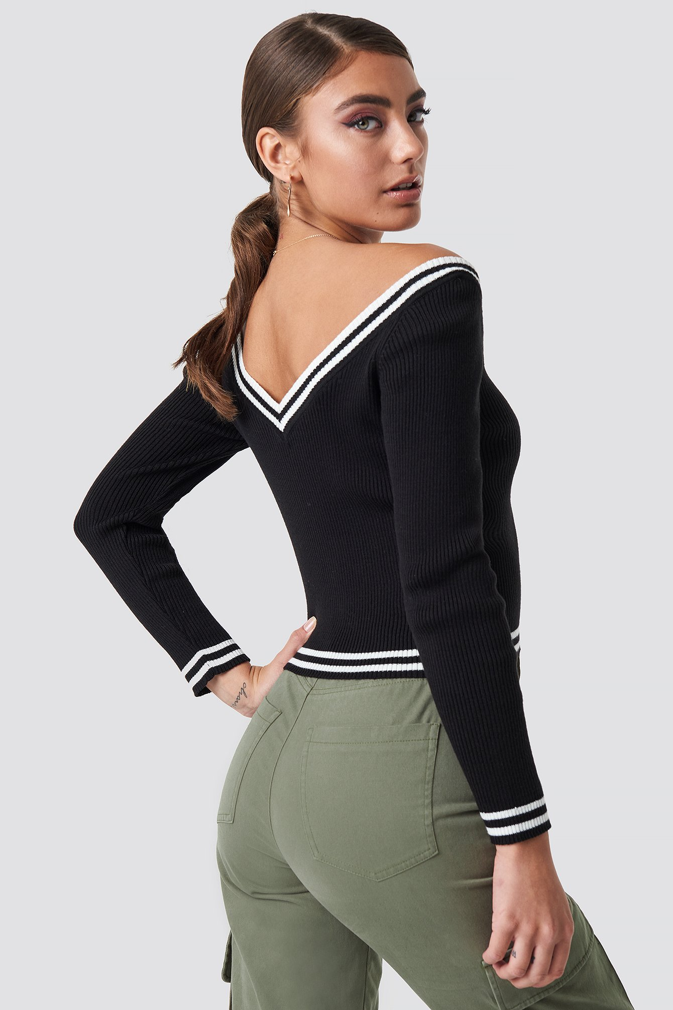 Off Shoulder Knitted Stripe Sweater NA-KD.COM