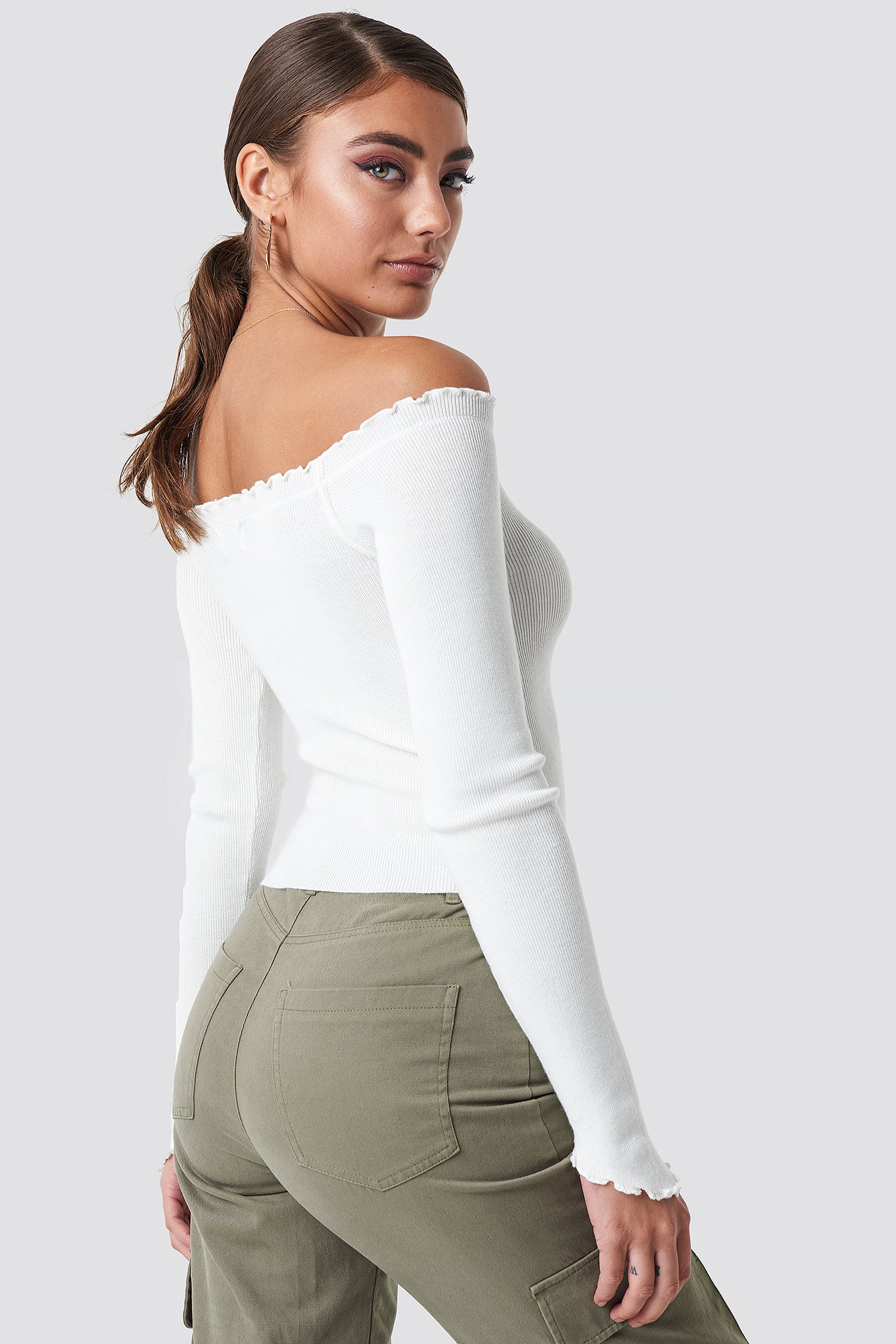 Off Shoulder Light Knit Top NA-KD.COM