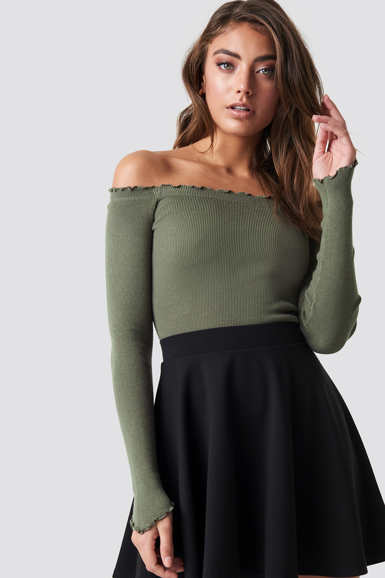 pamela x na-kd -  Off Shoulder Light Knit Top - Green