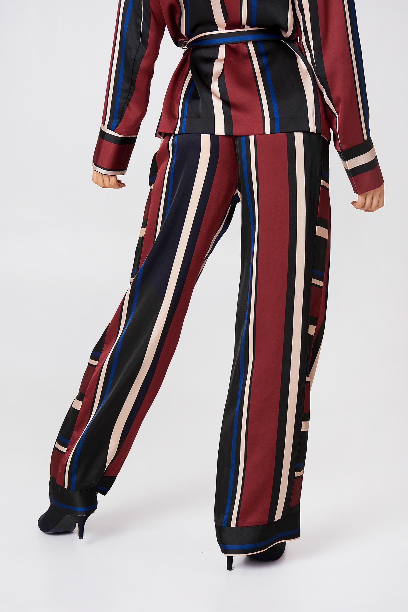Spodnie w pasy Multi Stripe NA-KD.COM