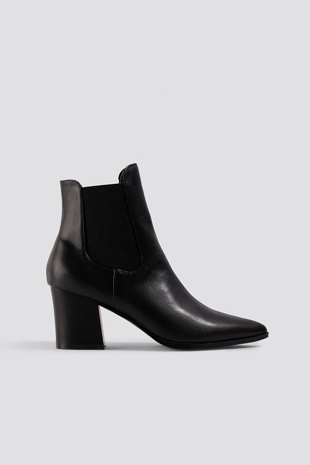 Erin Ankle Boot Raid