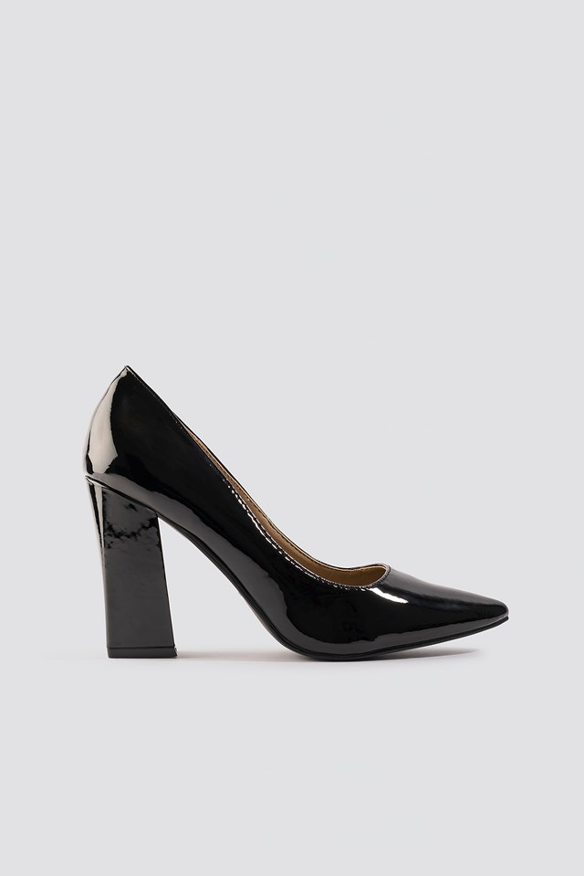 Mouna Pumps Black Patent
