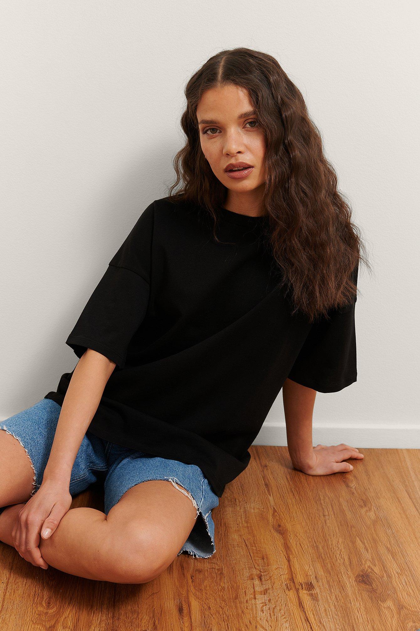 Rianne Meijer x NA-KD Økologisk Basis T-shirt - Black