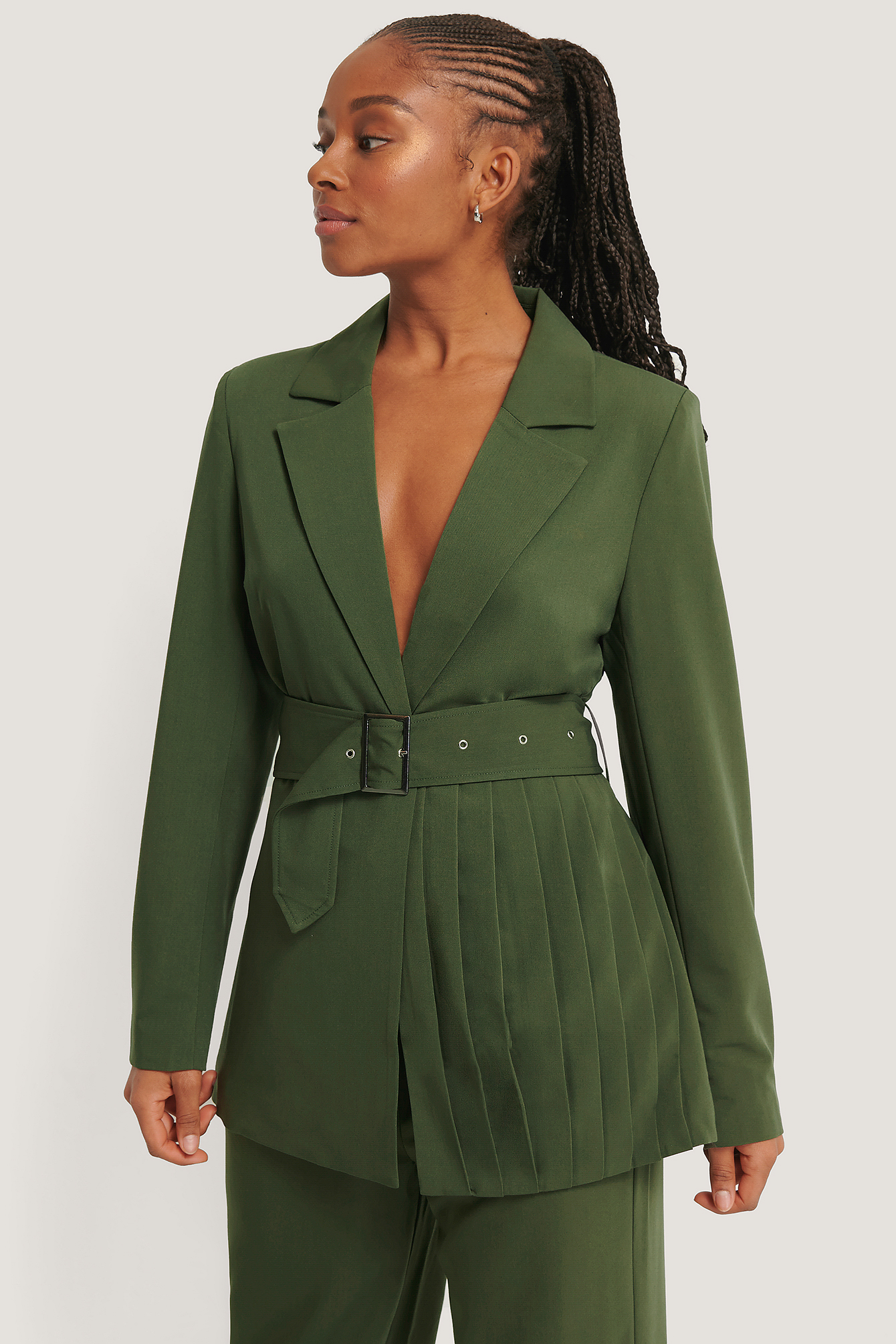 Romy X Na-kd Pleat Detail Belted Blazer Green In Dark Green