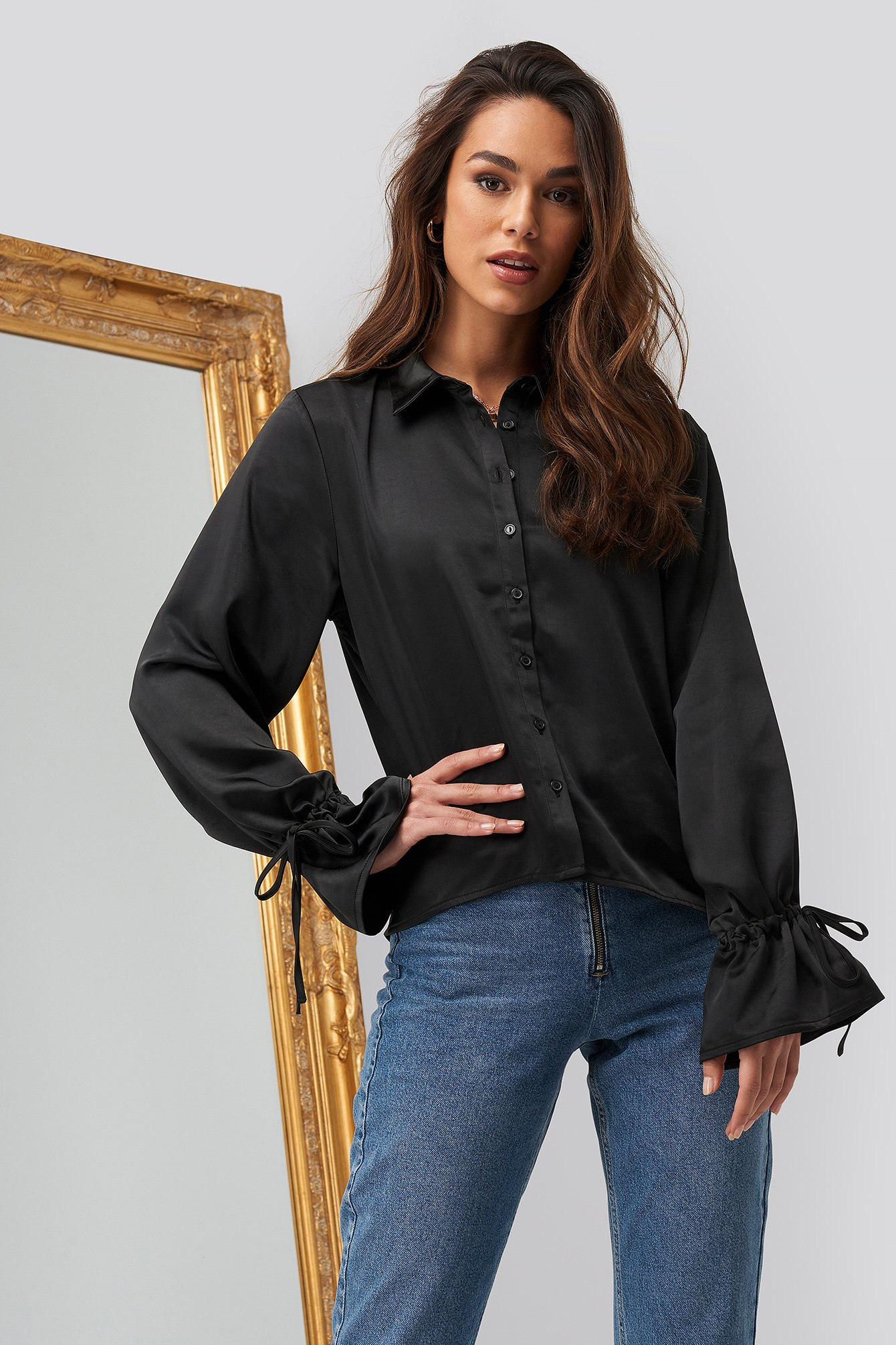 romy x na-kd -  Sleeve Detail Satin Blouse - Black