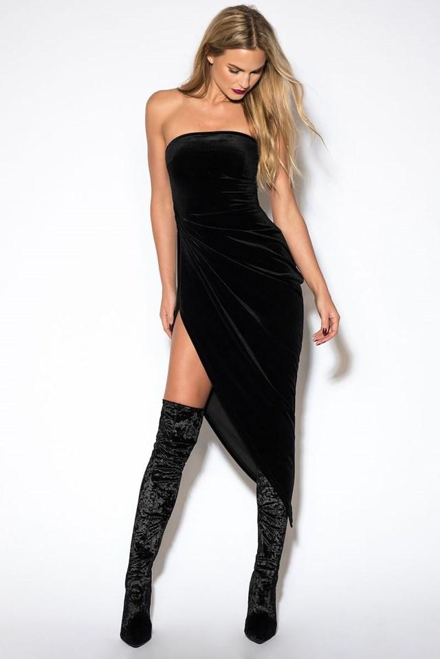 Sukienka z odkrytymi plecami i rozcięciem z boku Black