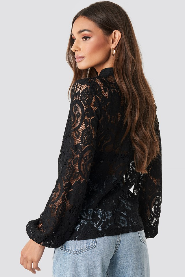 Amber Lace Top Black