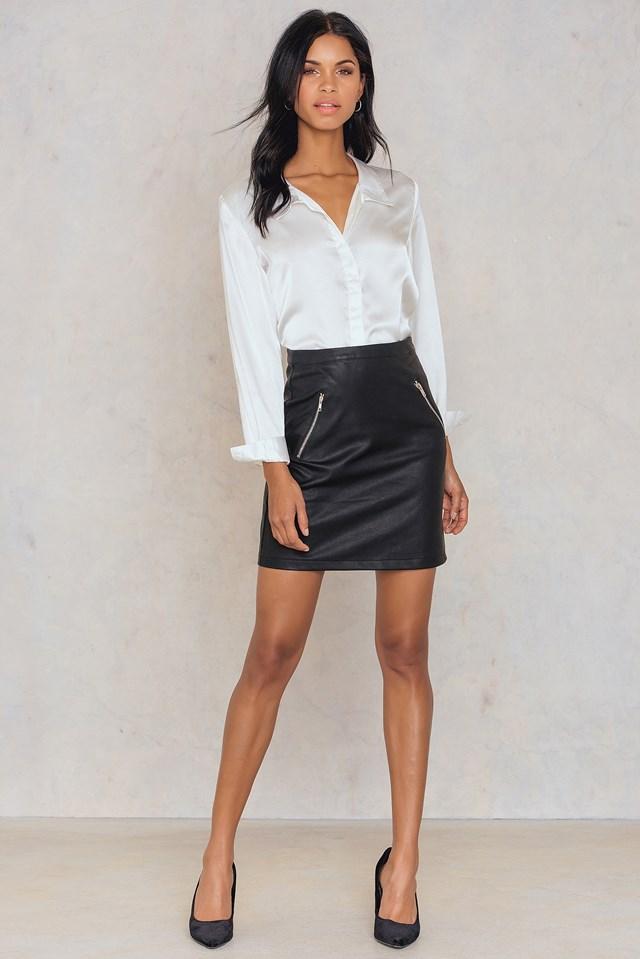 Jiva pu skirt Black