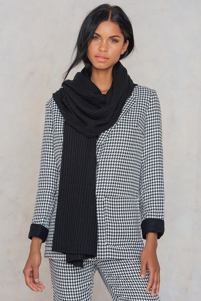 Tinelle scarf Black