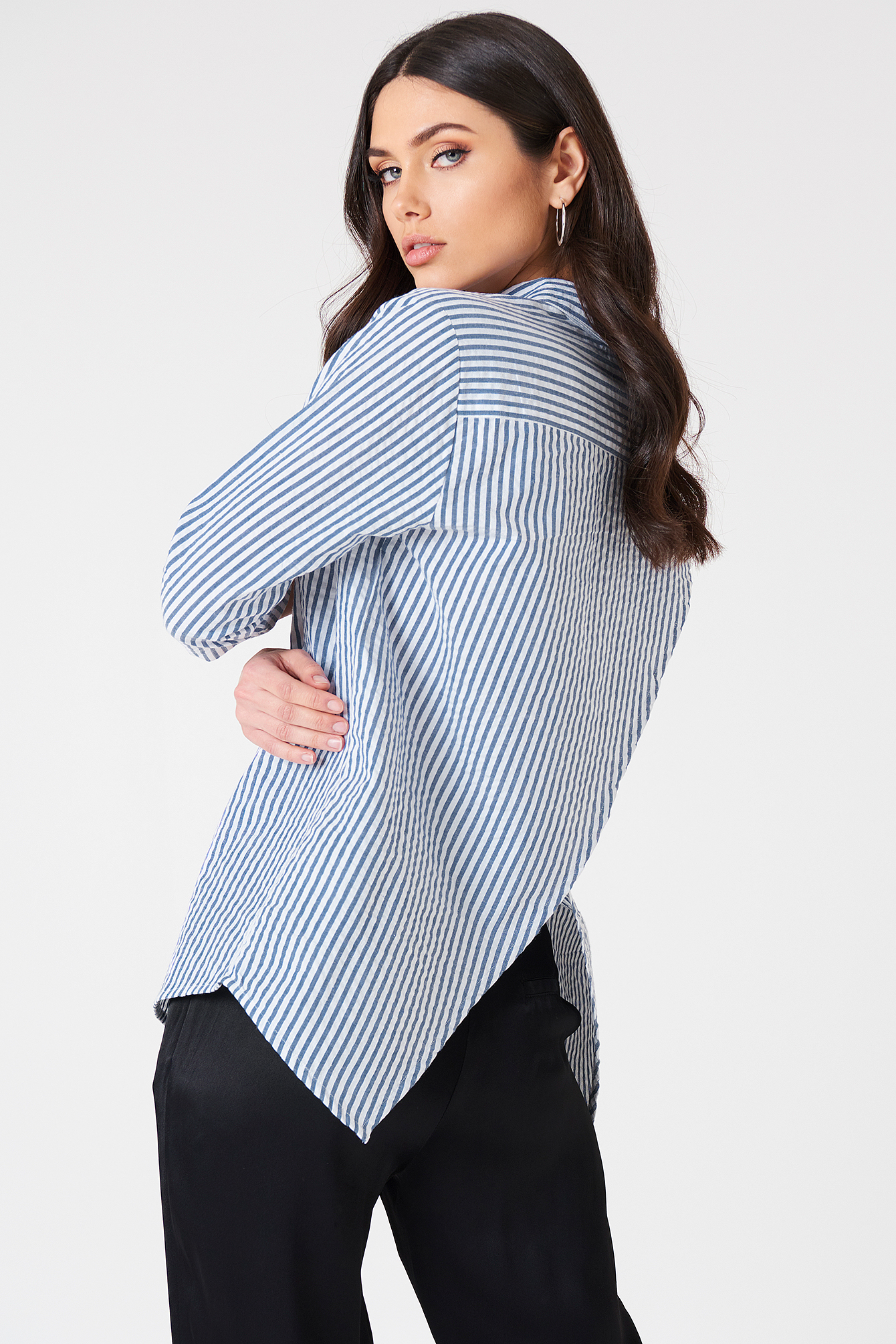 Ella Back Open Blouse NA-KD.COM