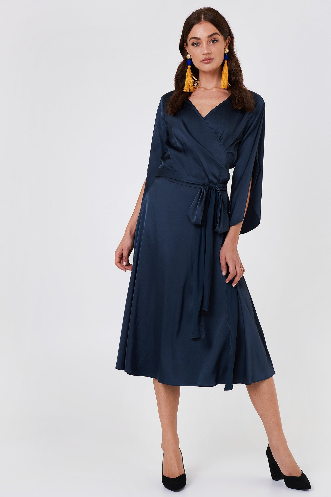 RUT & CIRCLE Fab Wrap Long Dress - Blue in Blue,Navy