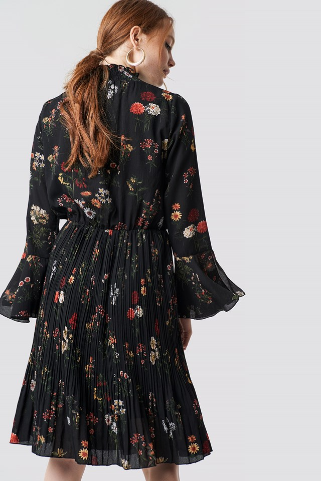 Flower Smock Neck Dress Black Combo