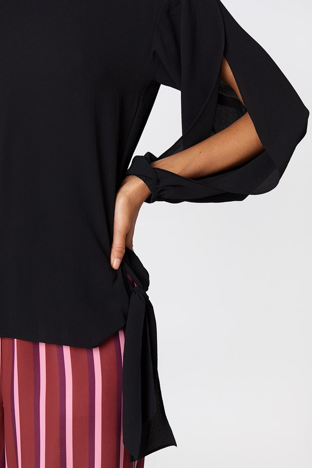 Julia Open Sleeve Black