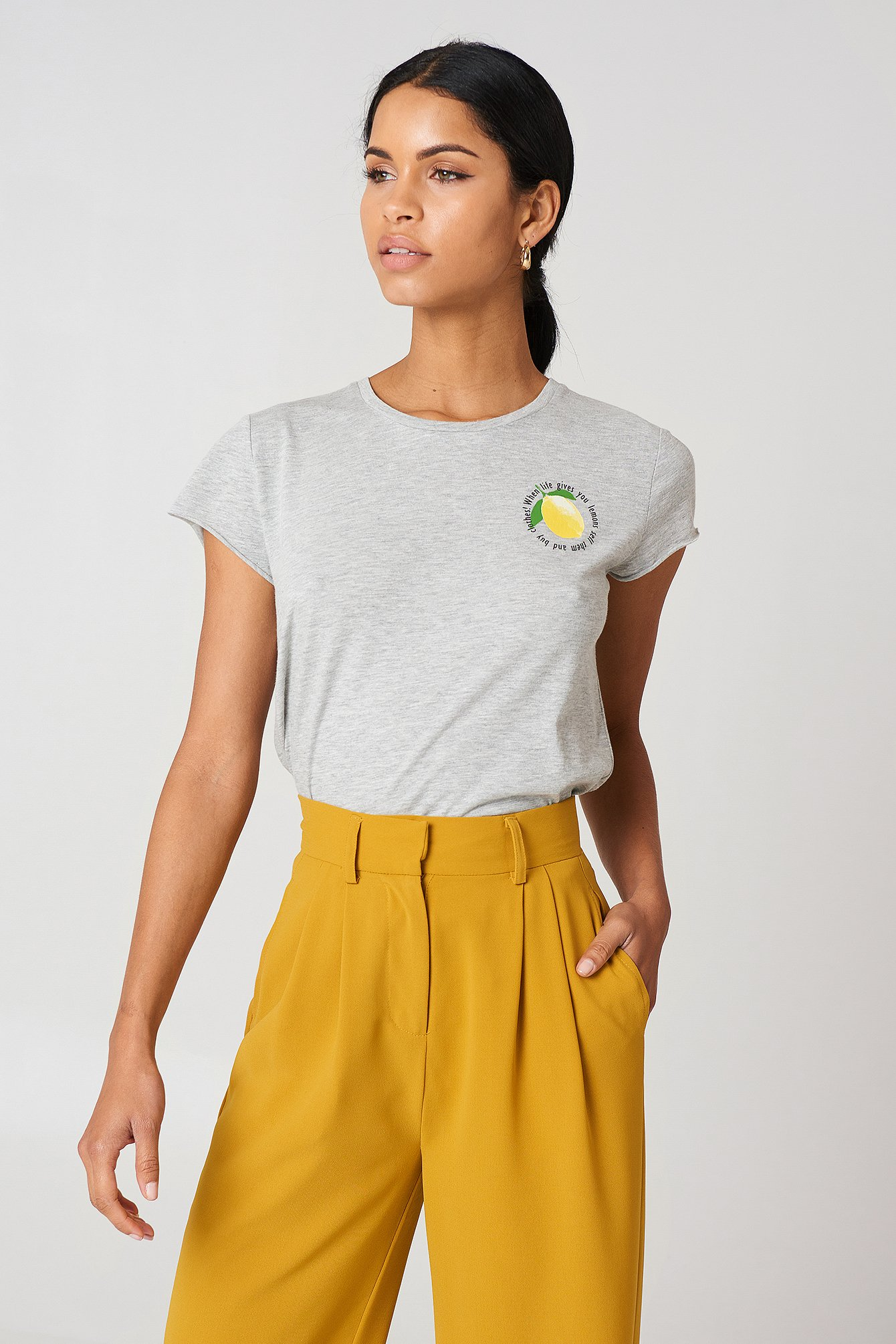 LEMON TEE - GREY