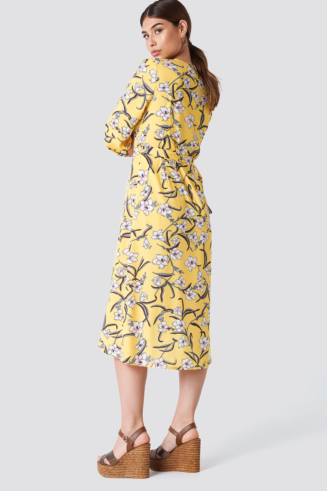 Flower LS Wrap Dress NA-KD.COM