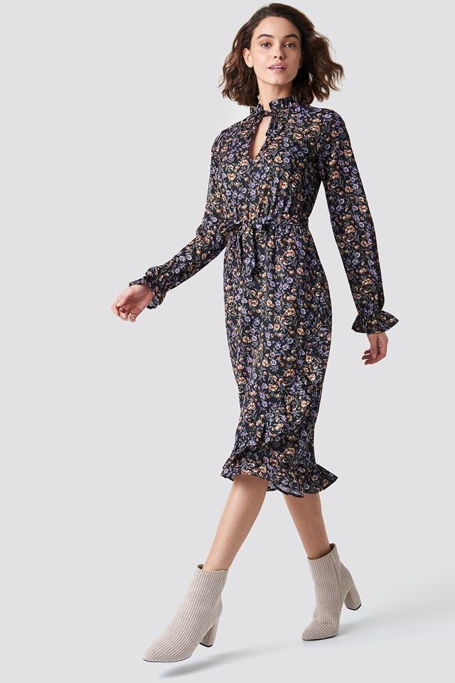 Kleider | Entdecke Etui-, Strand- & Strickkleider | na-kd.com