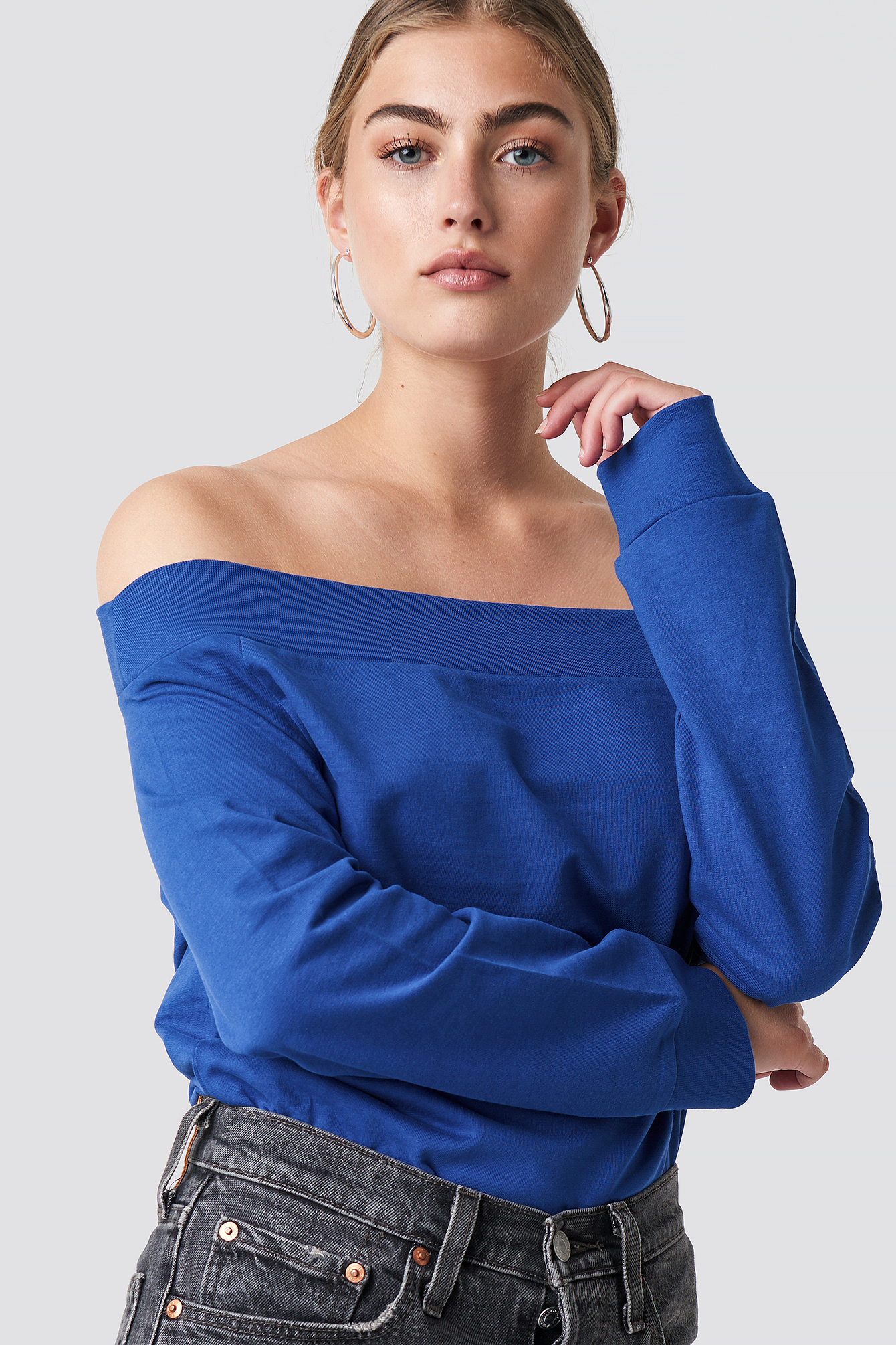 rut&circle -  Off Shoulder Sweatshirt - Blue