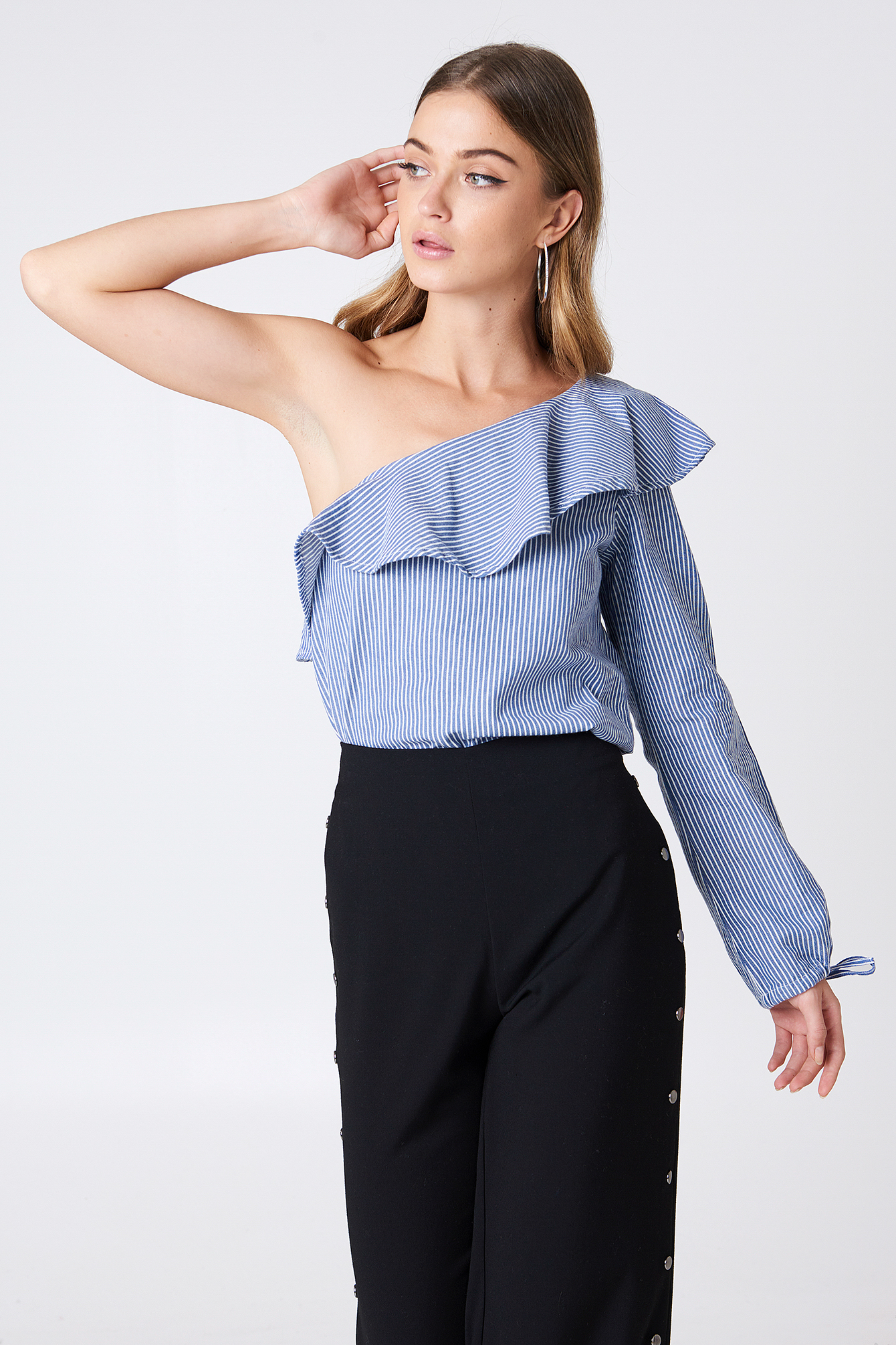 One Shoulder Frill Blouse NA-KD.COM