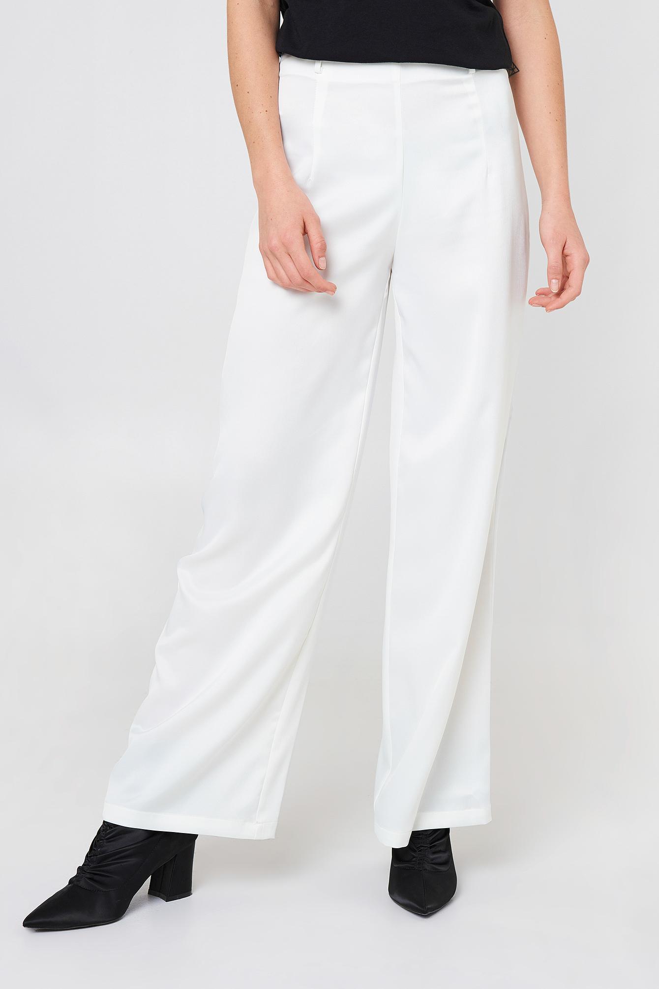 Szerokie spodnie Petra NA-KD.COM