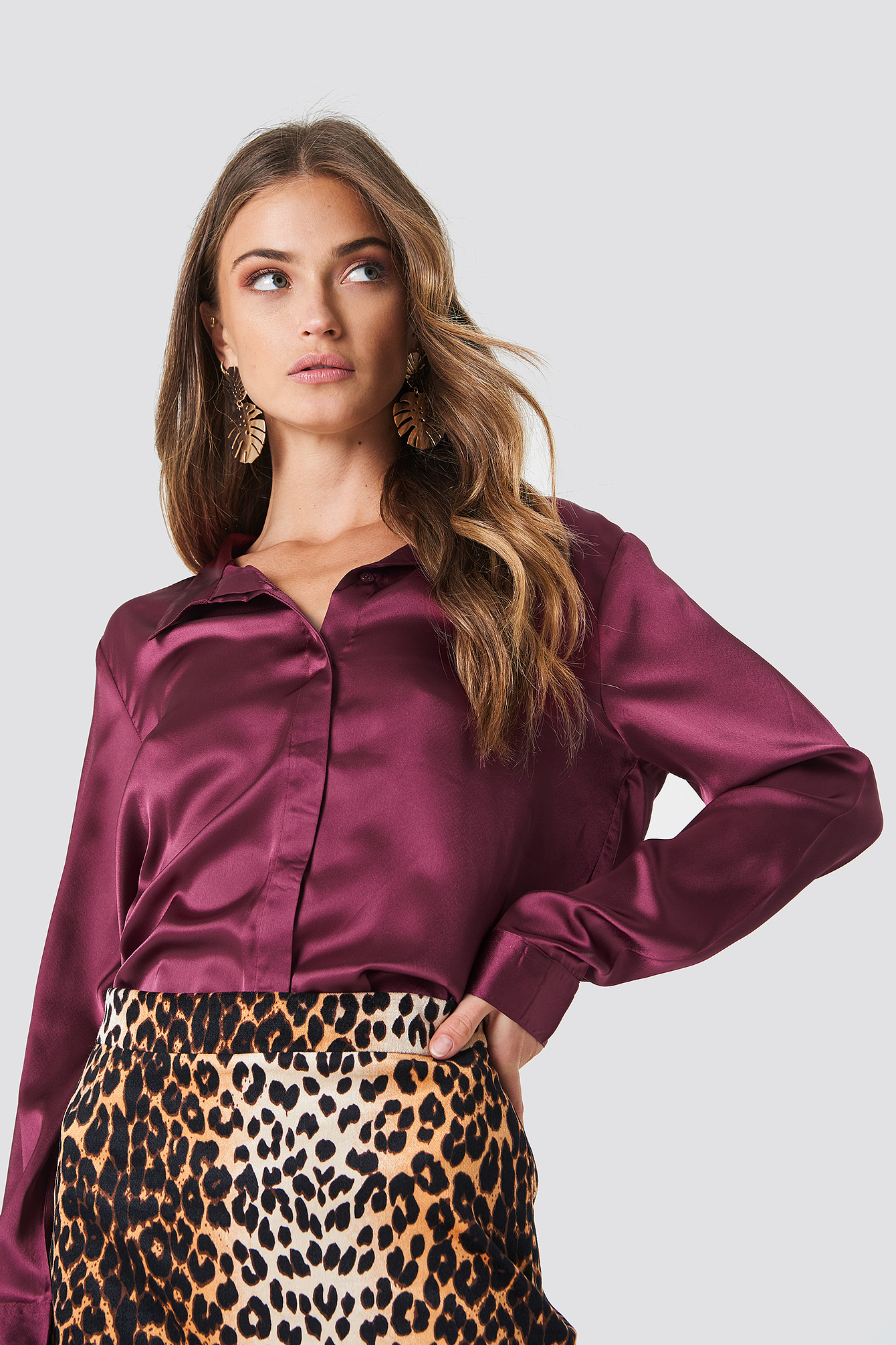 Rebecka satin shirt NA-KD.COM