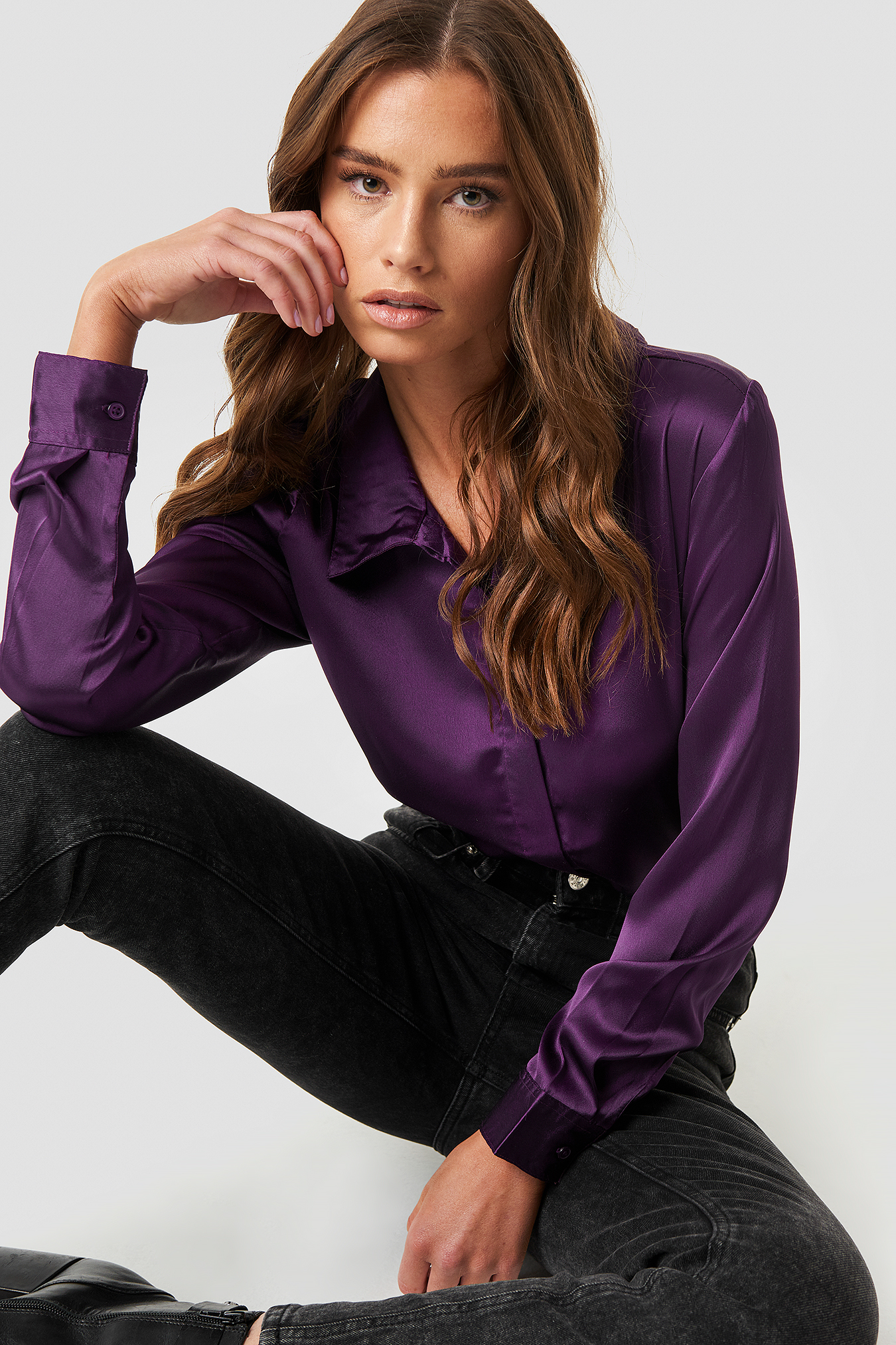 Rebecka satin shirt NA-KD.COM