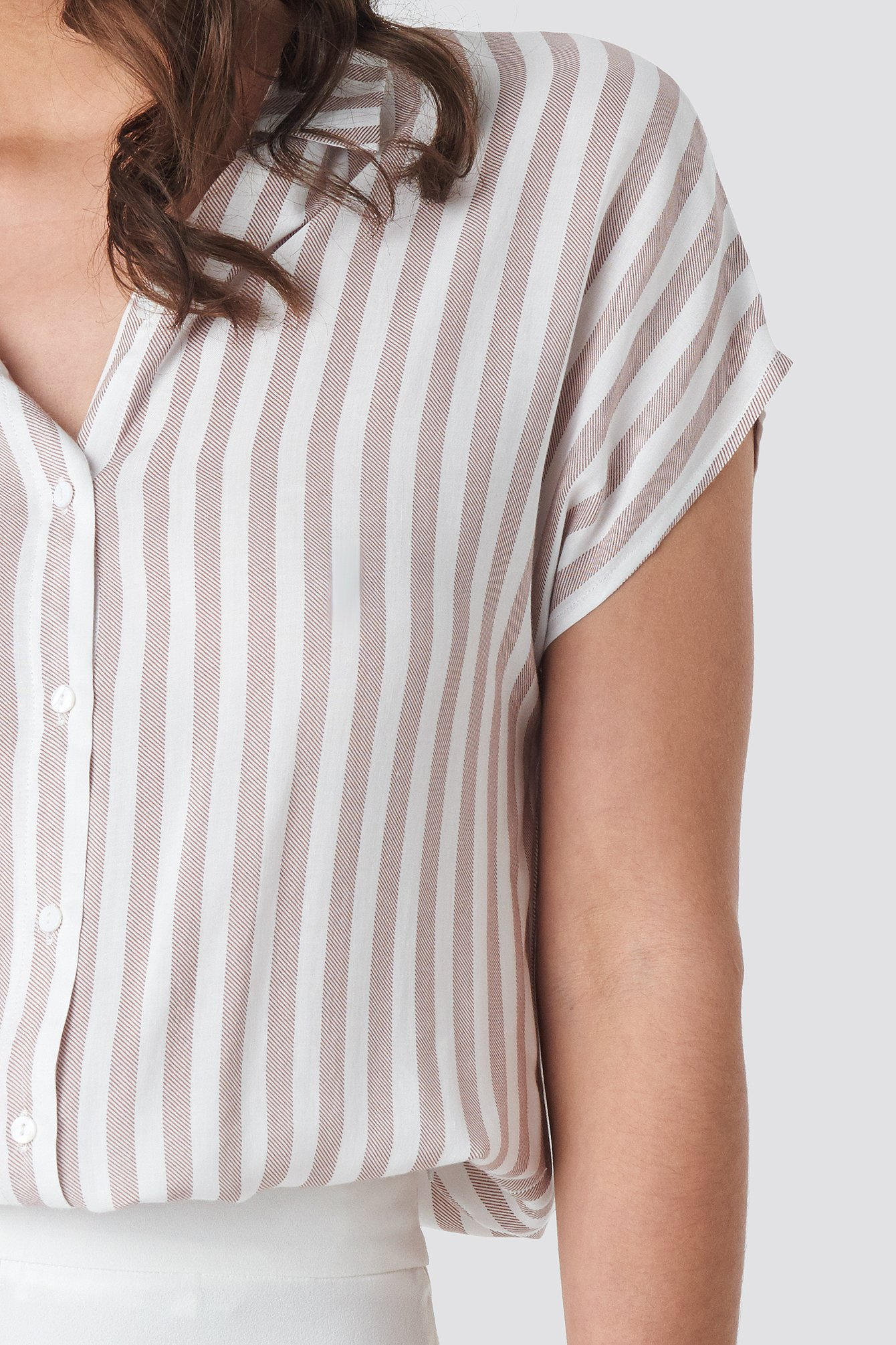 Short Sleeve Stripe Shirt NA-KD.COM