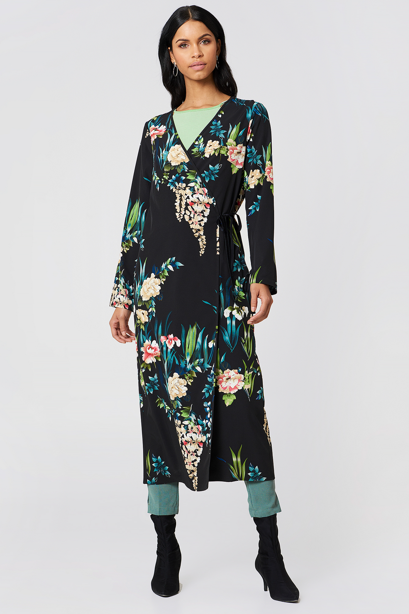 Siri Satin Kimono NA-KD.COM