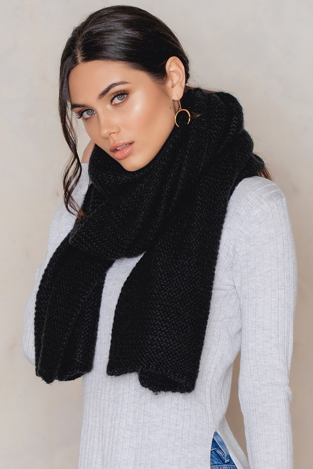 Stina scarf Black