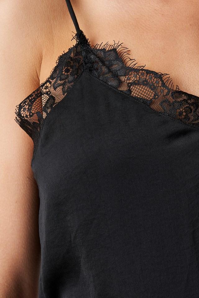 Stine Lace Singlet Black
