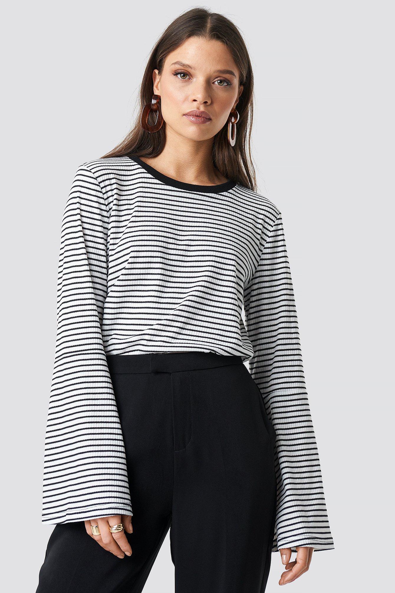 Striped Bell Sleeve Top NA-KD.COM