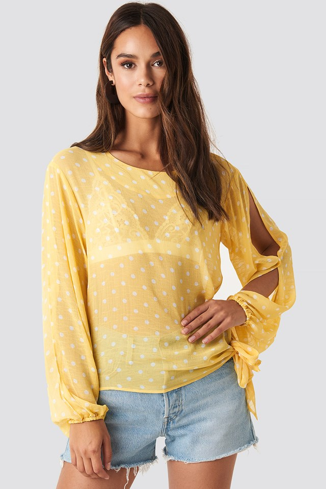 Dot Sleeve Open Blouse Butter