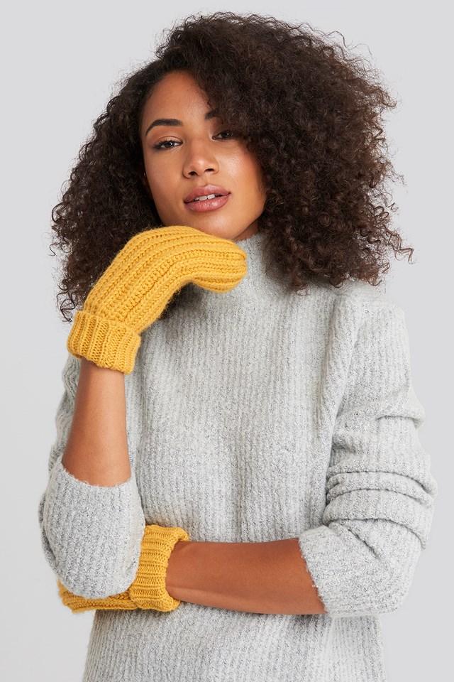 Ellen Mittens Yellow Glow