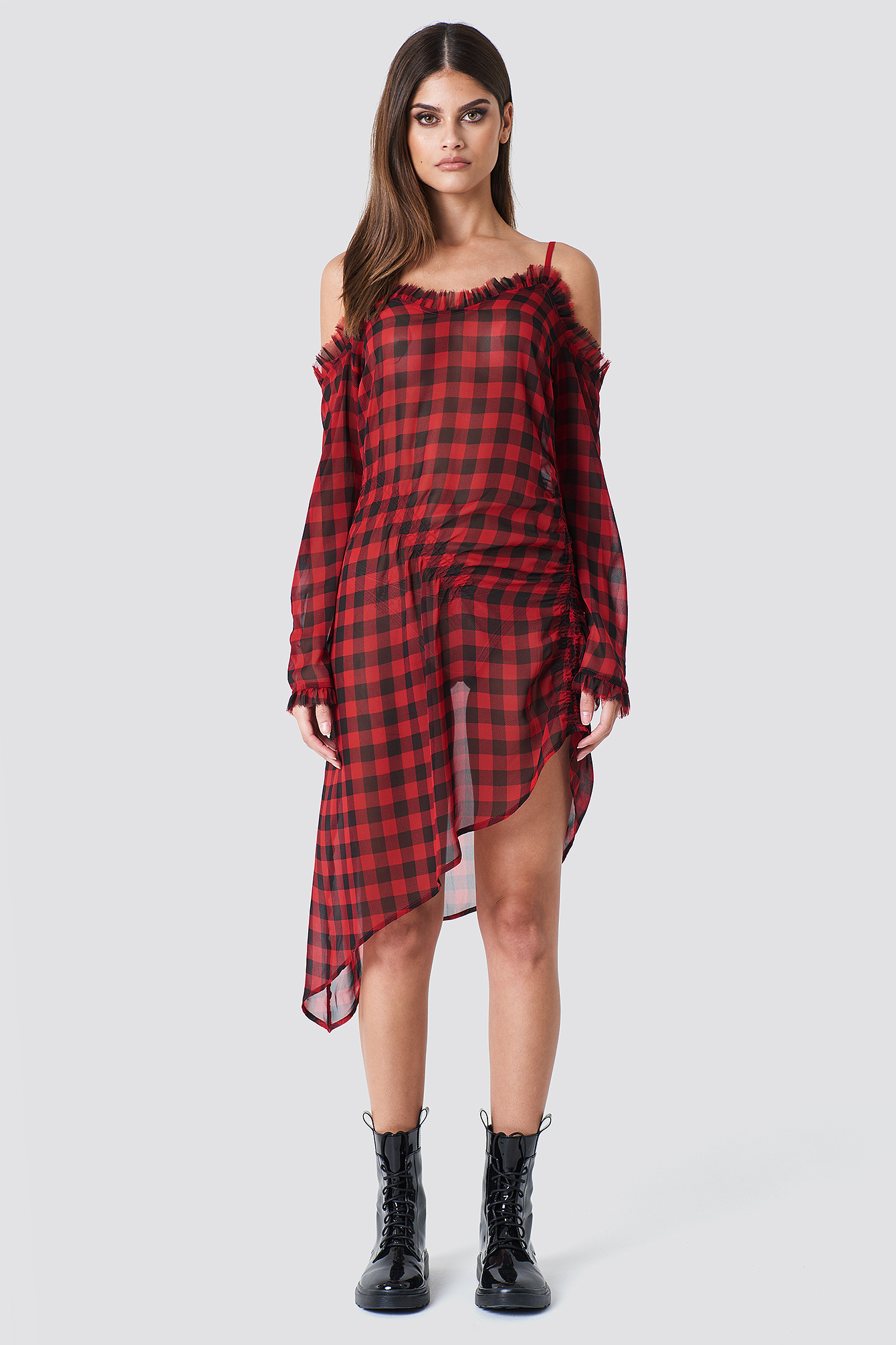 SAHARA RAY X NA-KD Checked Transparent Asymmetric Dress - Red