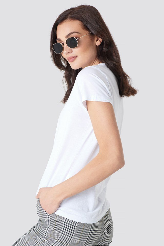Solly Tee Solid White