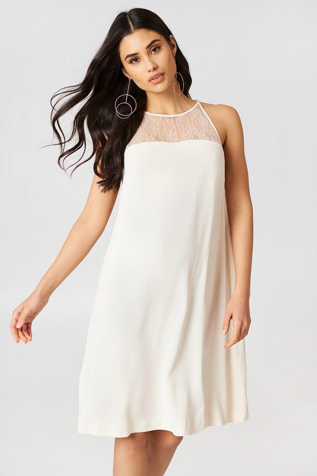 Krótka sukienka Bina Whitecap Grey
