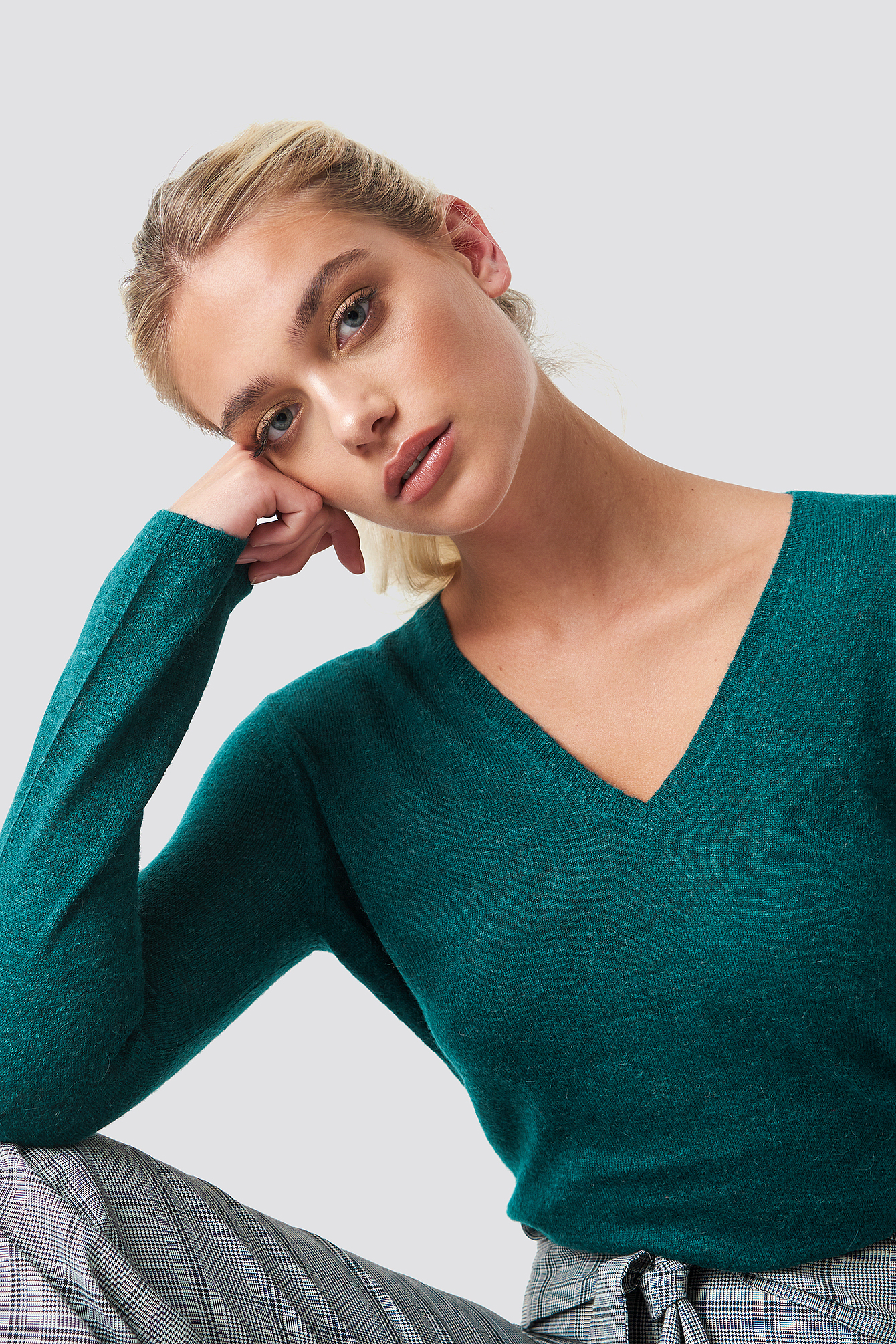 Lemba V-Neck Sweater NA-KD.COM