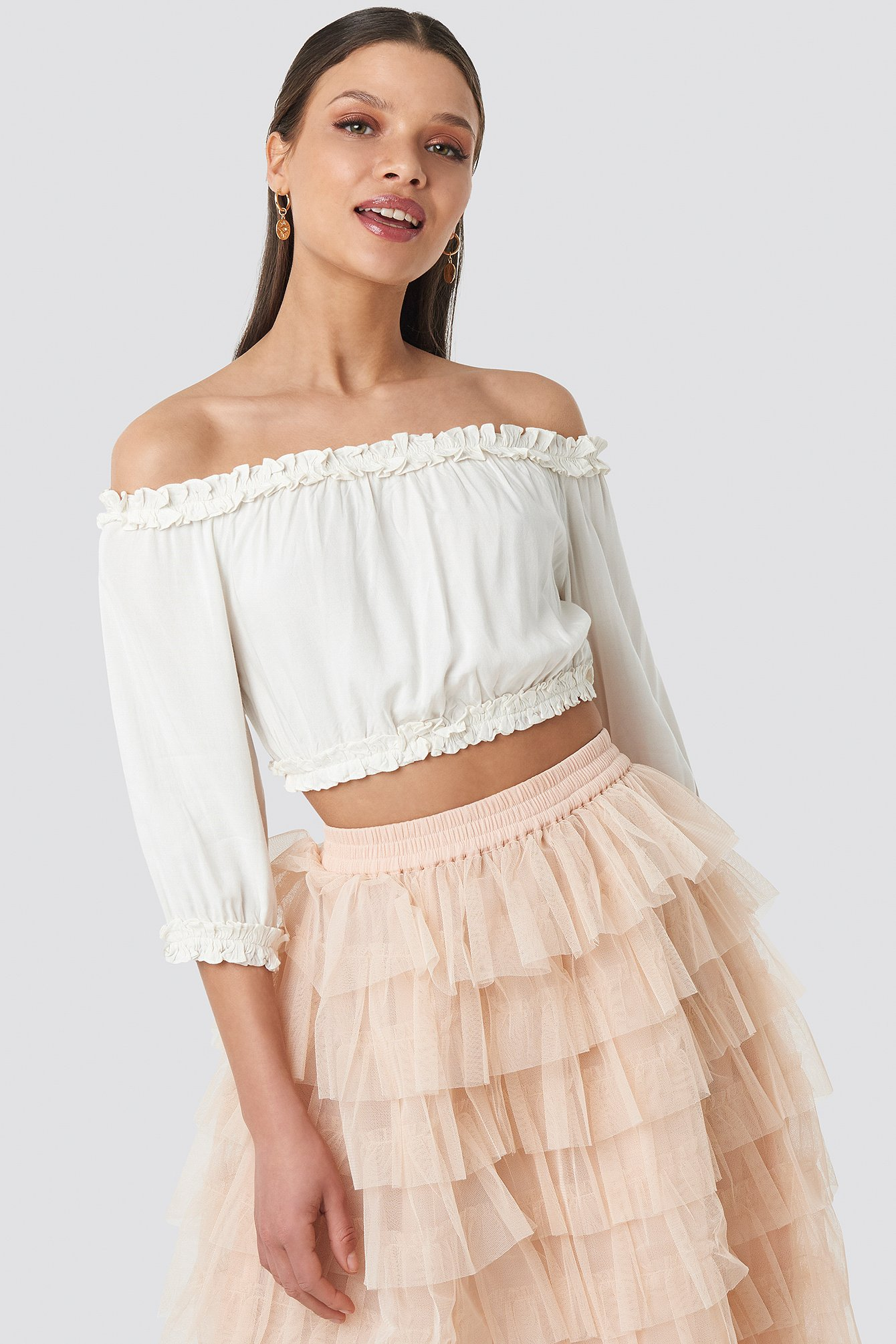 Off Shoulder Crop Top NA-KD.COM