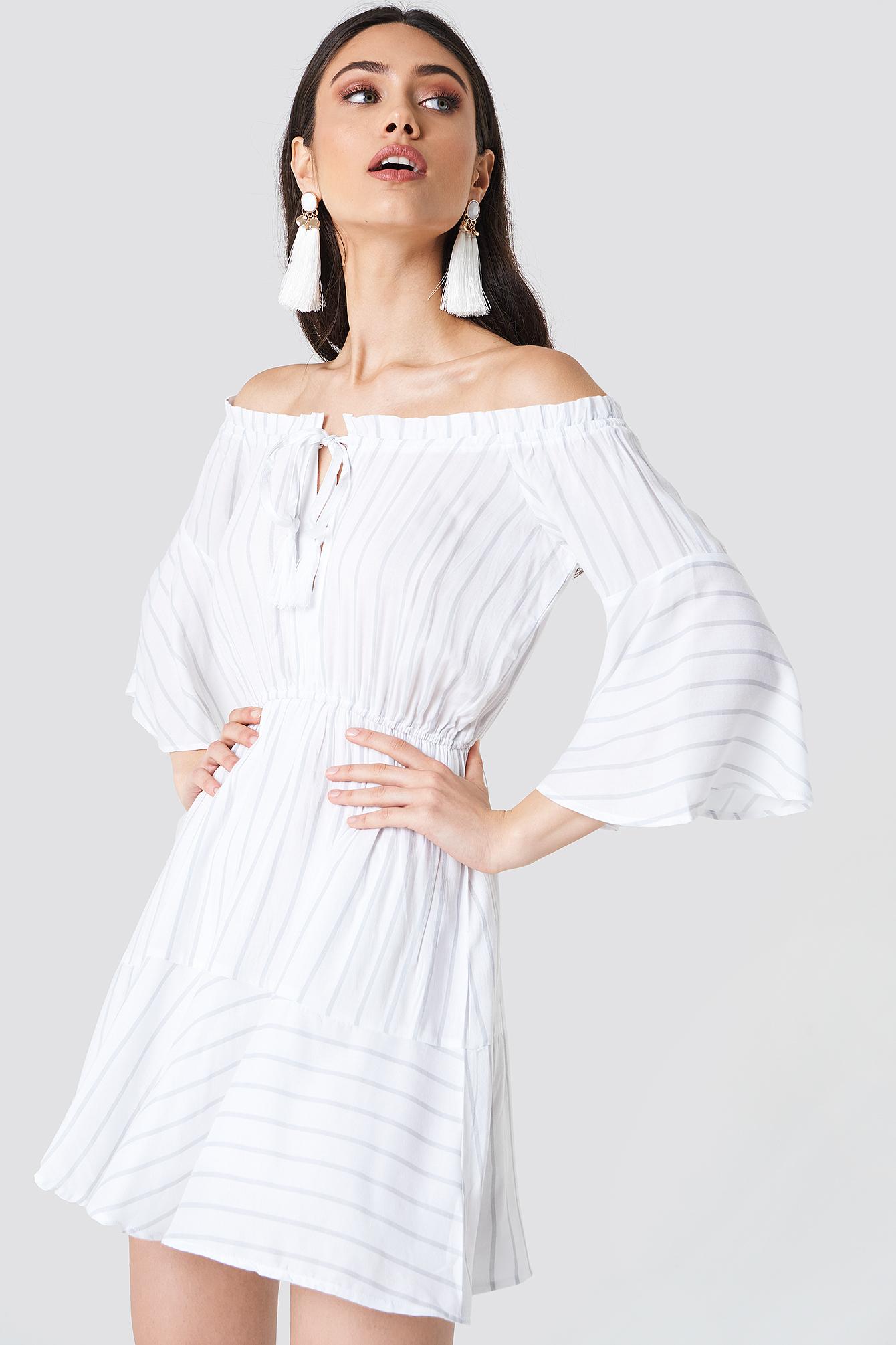 schanna x na-kd -  Off Shoulder Wide Sleeve Dress - White