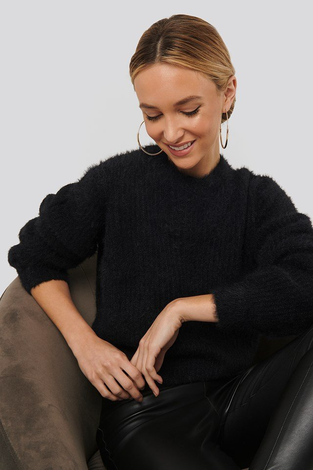 Knitted Roundneck Sweater Black
