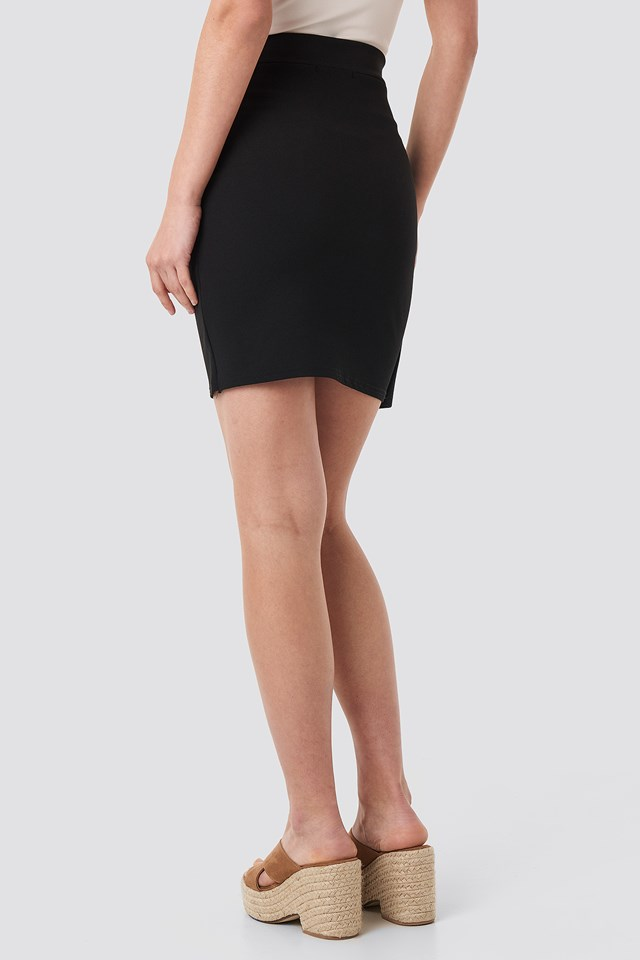 Ginu Skirt Black