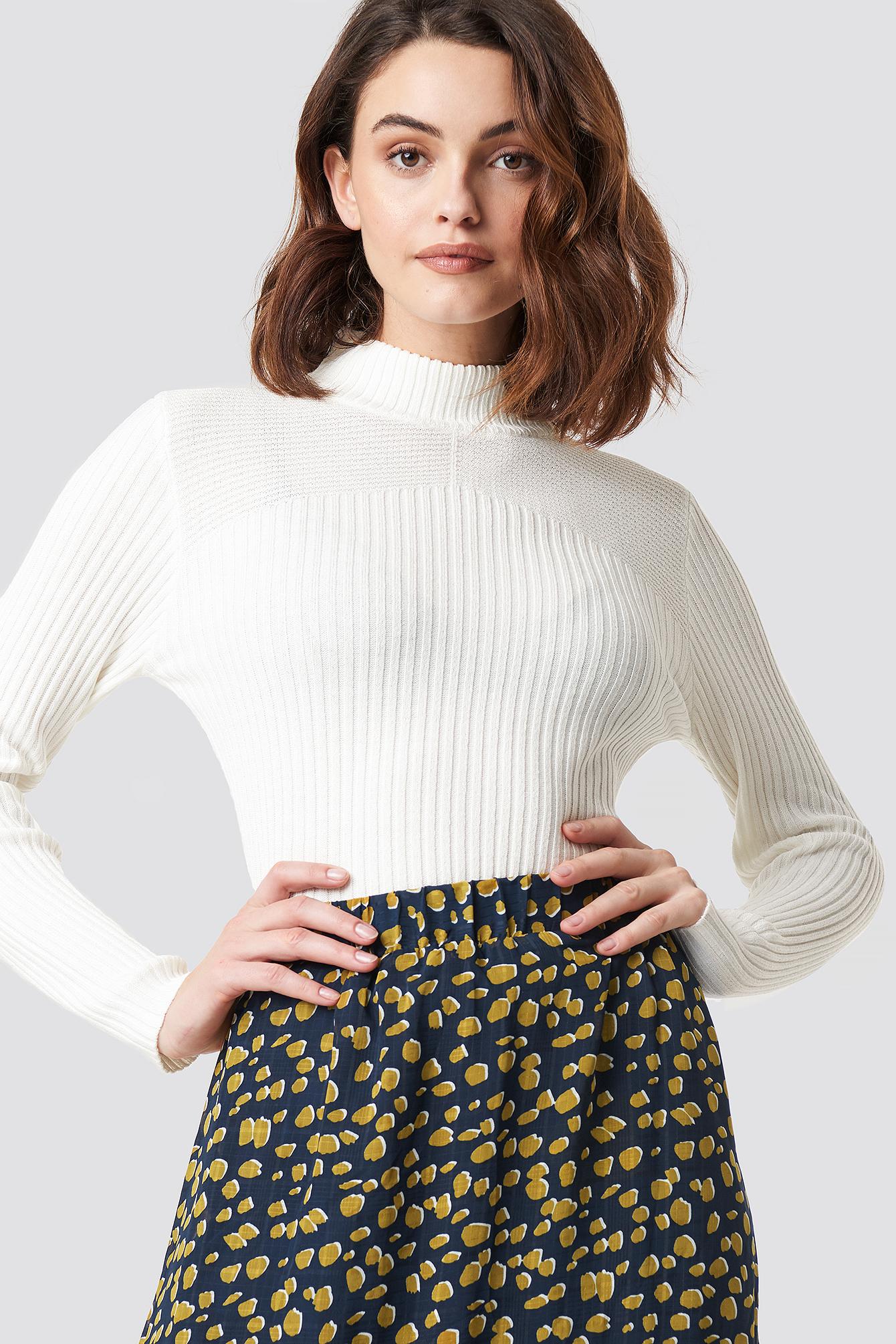 sisters point -  Leni Turtleneck Sweater - White
