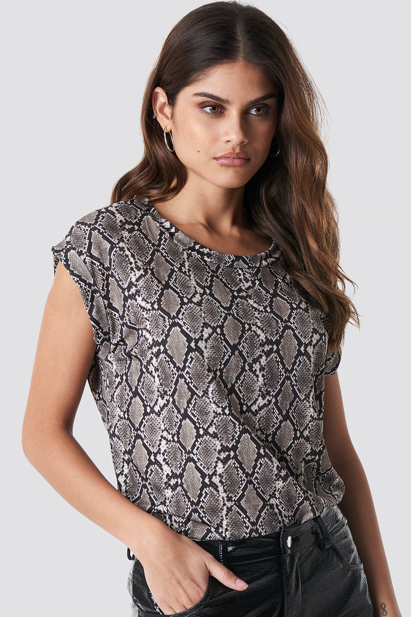 sisters point -  Low 231 Top - Grey,Multicolor